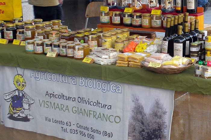 Un'ampia gamma di prodotti biologici italiani e artigianali